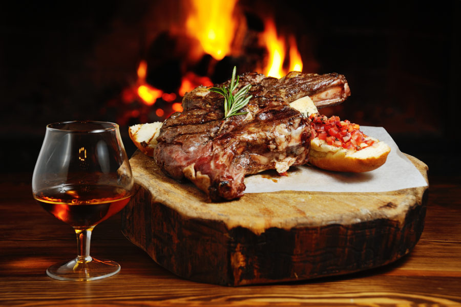 3 Reasons to Ditch Home for the Holidays and Go to a Dallas Steakhouse